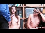 Arielle and Jasmine sucking LPs huge penish   Porn-Update.com