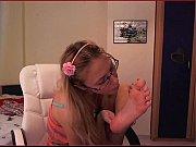 blonde foot show