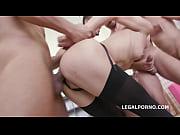 Секс и порно молодую девушку осматривают и трогают