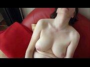 Издевательство порно с наручниками в лесу