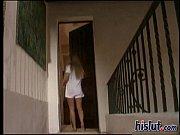 девушка в халате с большими грудями видео