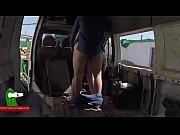 Haciendo el guarro en una furgoneta abandonada GUI00173