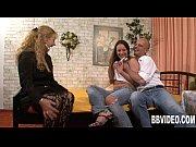 видео женщины с разными половыми губами