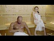 русскую брюнетку с шикарной жопой развели на секс