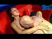 Jenny und Oliver zeigen heute das man auch wenn man nicht Zirkusartist ist, Spa&szlig_ im Bett haben kann