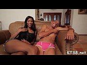 Секс видео дама с молодым парнем