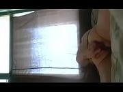 Видео как мужик ебет прозрачную резиновую куклу