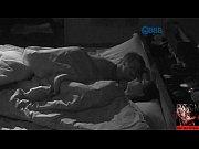 Nainen ja mies sängyssä naisseuraa oulu