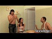 передают сперму со рта в рот порно видео