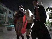 видео секс дочь пристаёт к папе