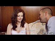 видеоролик красивый половои акт красивой брюнетки и парня