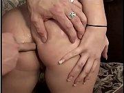 видео женщины и девушки в секс эротических купальниках