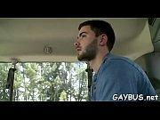 Jeune homme célibataire cherche homme jeune de 20 pour relation décines-charpieu
