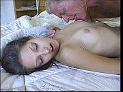 Пизда 18 летних девушка