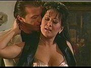 видео порно секс сын делает маме кунилингус