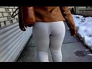 Порно ролики заставил чужую жену