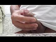 Сперма вытекающяя из жопы волосатый анал