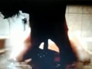 Вышла голая на балкон скрытая камера