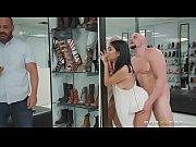 муж хвастается женой порно