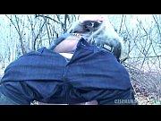 баба трахает мужика в анал страпоном