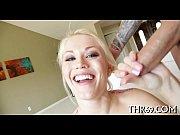 2 блондинки играют в ролевые игры порно