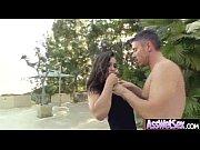 порно жена заставляет мужа отдаться любовнику