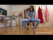 Ненаигранный женский оргазм видео