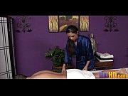 порнофильм мать в ванной купает взрослого сына