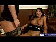 видео секс три мужика трахаюр девушку