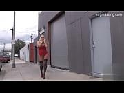 видео мастурбации ногой