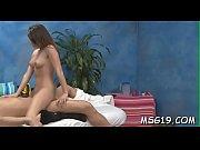 Skottiruutuhame seksikäs nainen alasti