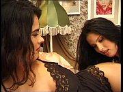 смотреть видео про секс где жена застукала мужа с другой