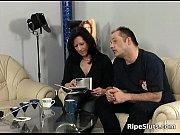 Порно ыильм подарокмужа секс с другим