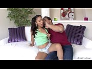 Двух телок в рот онлайн порно видео
