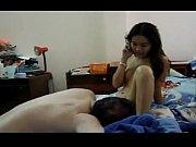 Девушки обнажаются на публике порно видео