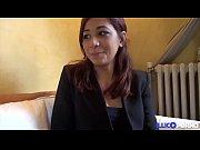 Premier casting de Lilia qui veut devenir actrice porno [Full Video]