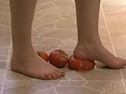Foot Fetish - Sexy feet crushing tomatoes