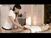 Japansk massage stockholm äldre kvinnor söker unga män