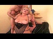 блондинка и большой негр порно анал