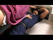 Видео онлайн кончина на массаже из пизда