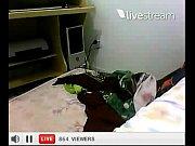 Видео брат спит голым а сестренка подглядывает