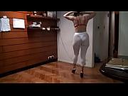 девочка кончила во время порно съемках