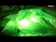 BBB 12 - flagra na cama Yuri e Laisa transando na festa guarana, debaixo do edredom