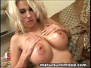 moms big tittyfuck