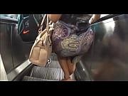 Мужик ебет бабу унее выделение из пизды смотгеть порно крупным планом