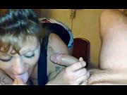 Смотреть видео муж слизывает свою сперму с пизды жены