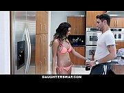 двойное проникновение в одну девушку порно видео