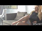 Лесби секс со страпоном видео