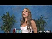 Развратная девка с маленькими сиськами порно фото