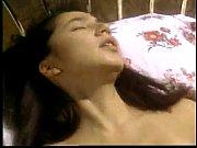 Смотреть бсеплатно эротичекое видио мачеха спалила пасынка за дроч